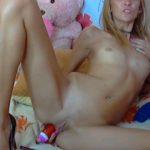 Naked HoneY_Kristie